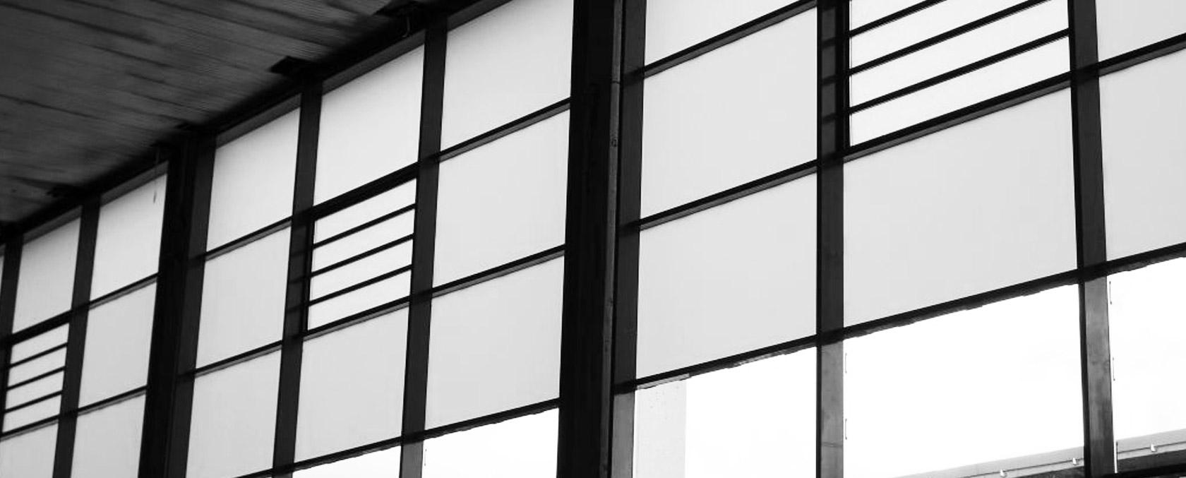 DENFC à lames O/F électrique _ ouvrant à lames intégré mur rideau